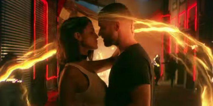 Eiza González besa a Justin Timberlake