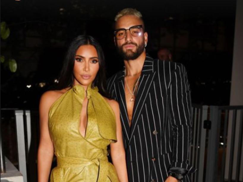 ¿Y la pandemia? Maluma y Kim Kardashian son criticados por ir de fiesta sin medidas sanitarias